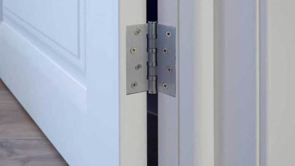 Best Lubricants for Door Hinges